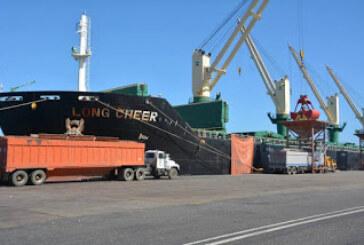 Llegan a Puerto Cabello embarcaciones con harina de soya y maíz blanco