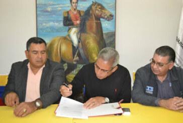 Firman convenio para facilitar la importación en el Puerto de Guanta